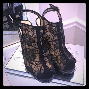 Beverly Feldman misfit black lace peep toe heels